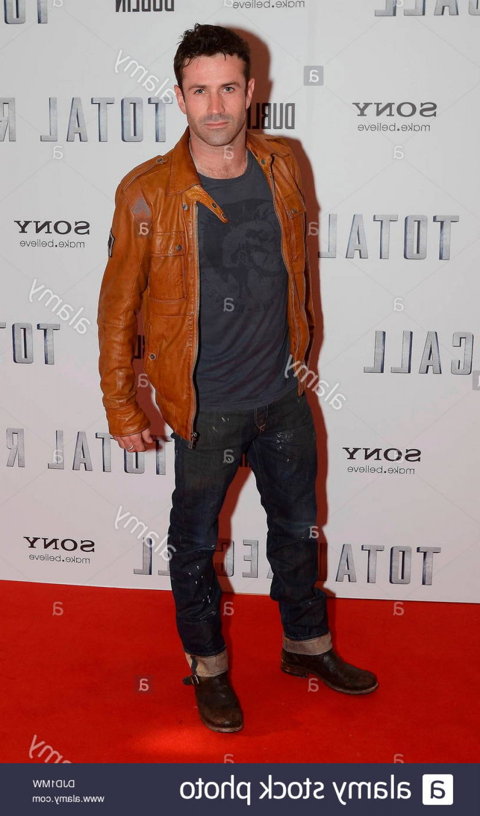 Total Recall Vector Red Jacket: Adam Fergus Premiere Of Total Recall Held At The Savoy Arrivals Dublin Image