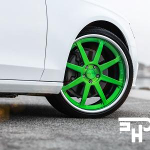 Struts For Cars Vector: Audi S On Niche Forged Vector G