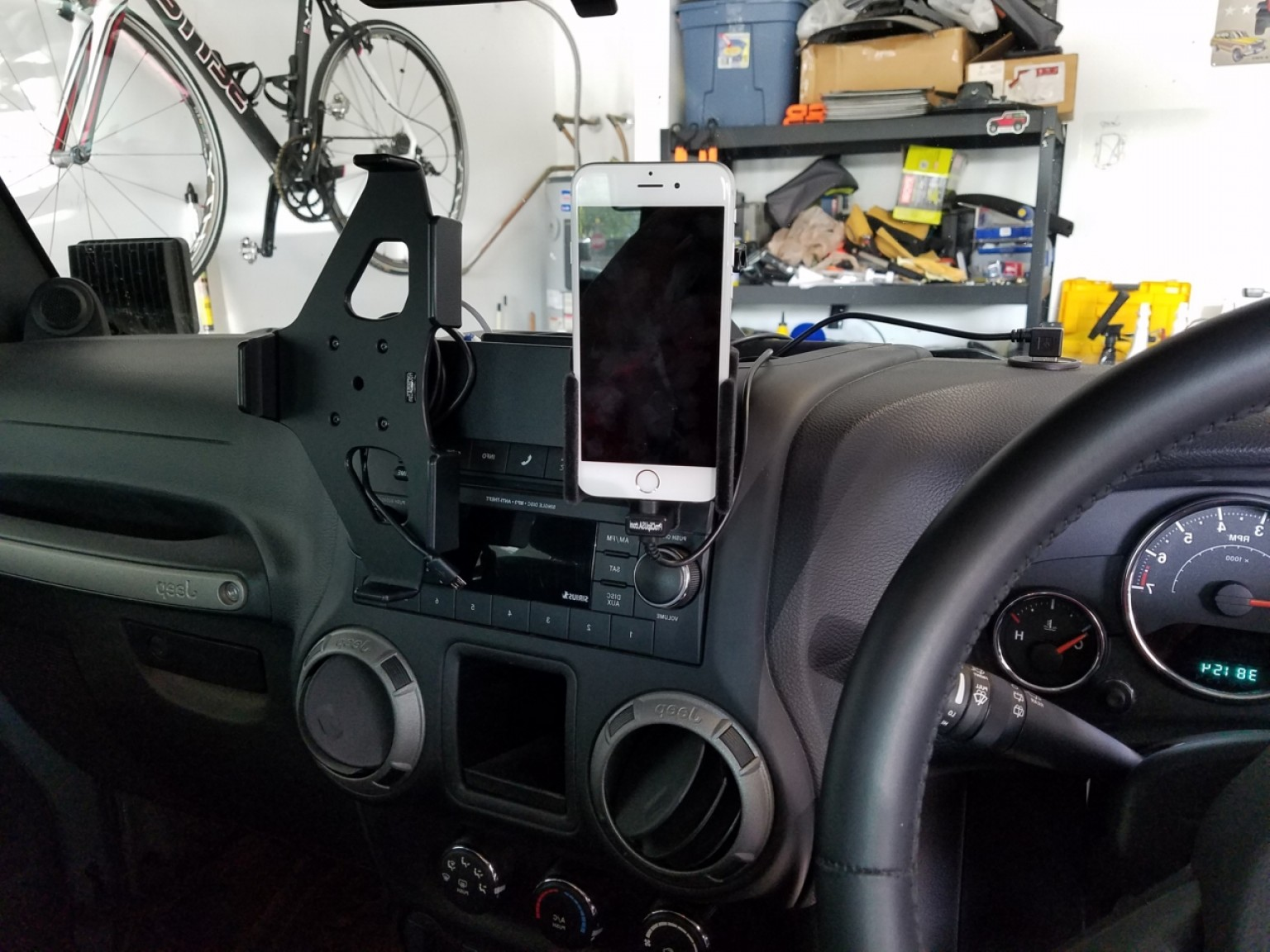 Jeep Vector Mean: Best Cell Phone Mounts For Jk