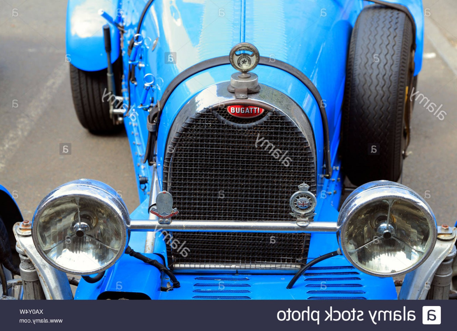 Race Car Grill Vector: Bugatti Racing Car Vintage Racing Car Vehicle Motor Detail Radiator Grill Image