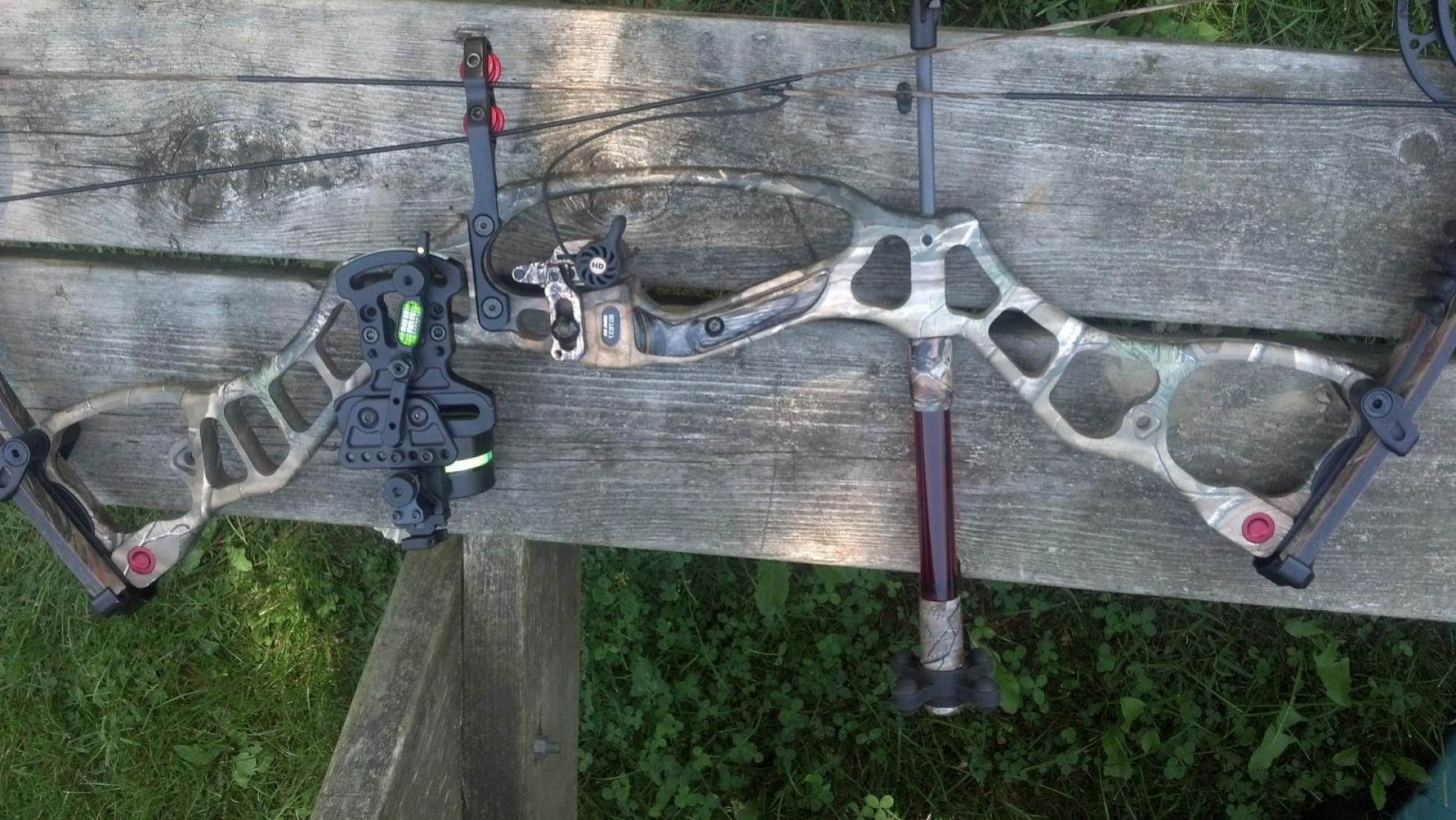 Hoyt Vector Series: Hoyt Vector Rkt Camo Cams