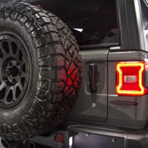 Fuel Vector Bronze: Jeep Wrangler Unlimited Rubicon Jl Sting Gray