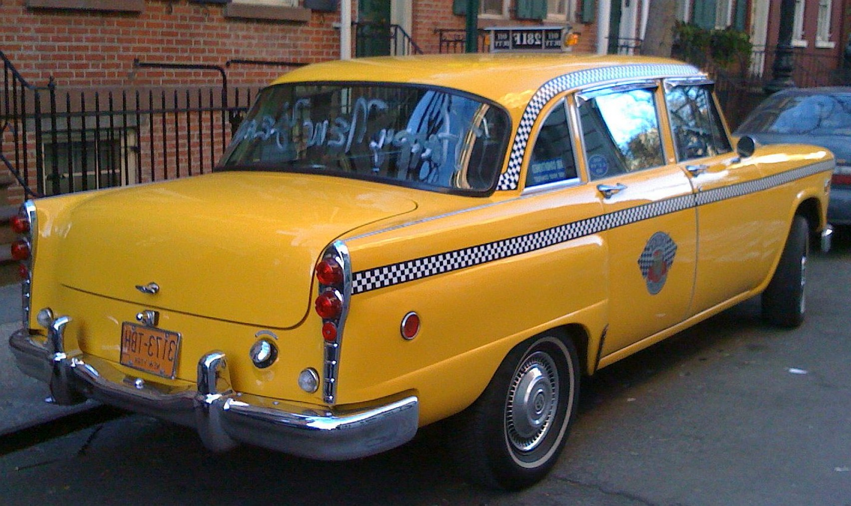 Taxi Checkers Vector: Last Of Checker Taxi Cabs N Also