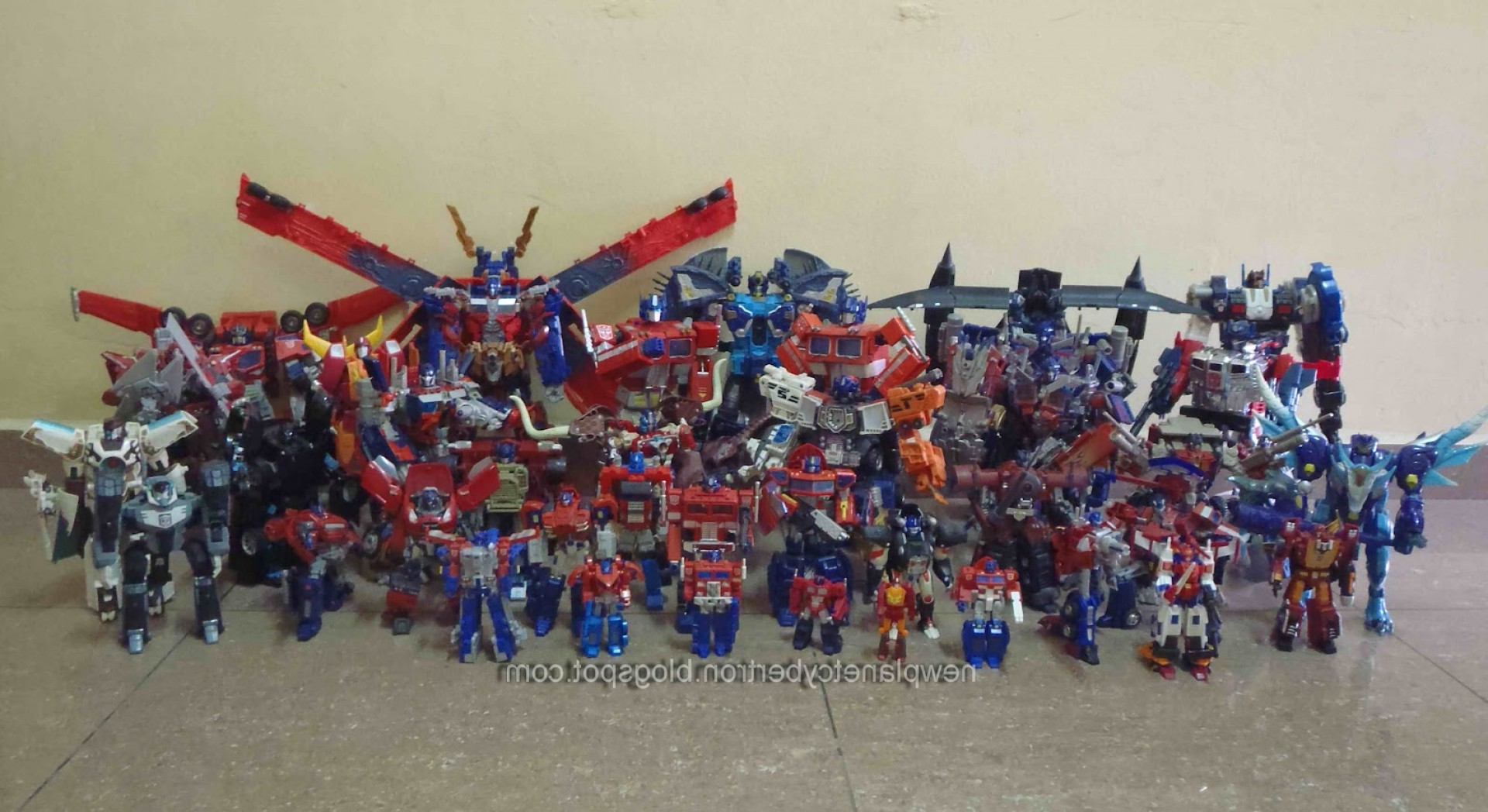 KRE-O Transformers Vector Prime: Legend Of Optimus Prime And Other
