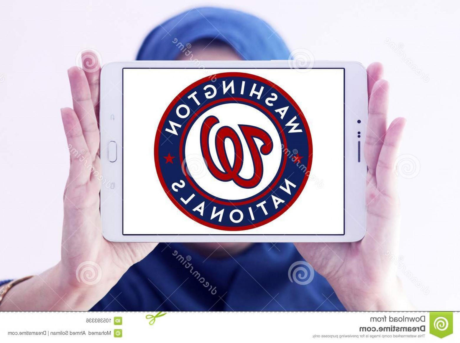 Mets Logo Vector: Logo Washington Nationals Baseball Team Samsung Tablet Holded Arab Muslim Woman Professional Mlb Based D C Image