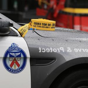 Vector Gunshot Wound: Man Walks Into Toronto Police Station With Life Threatening Gunshot Wound