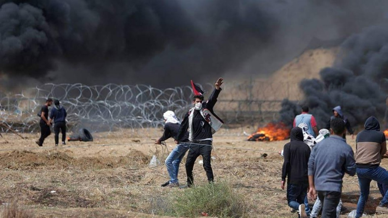 TIF Barbed Wire Vector: More Palestinians Killed In Gaza Israel Border Protests