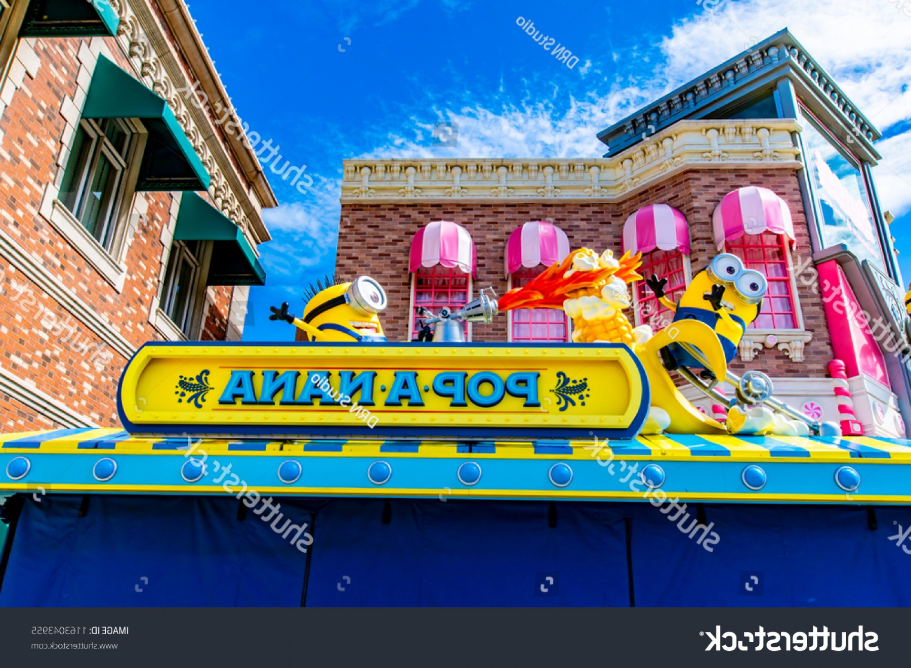Dispicable Me Vectors House: Osaka Japan August Happy