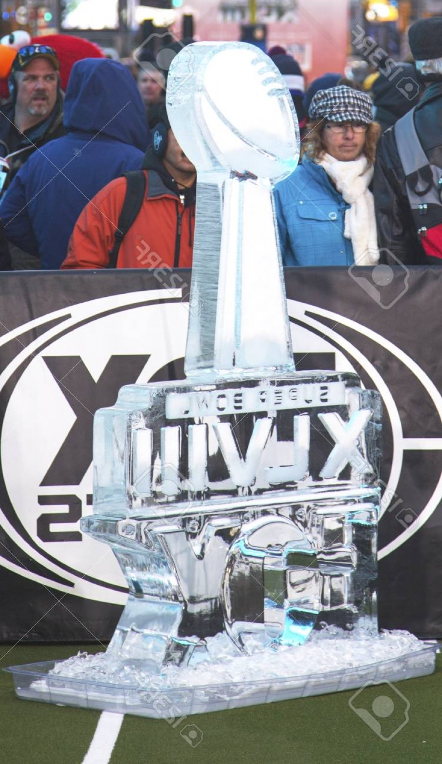 Super Bowl XLVIII Trophy Vector: Photonew York January Ice Carved Super Bowl Xlviii Logo Presented On Broadway At Super Bowl Xlviii Wee