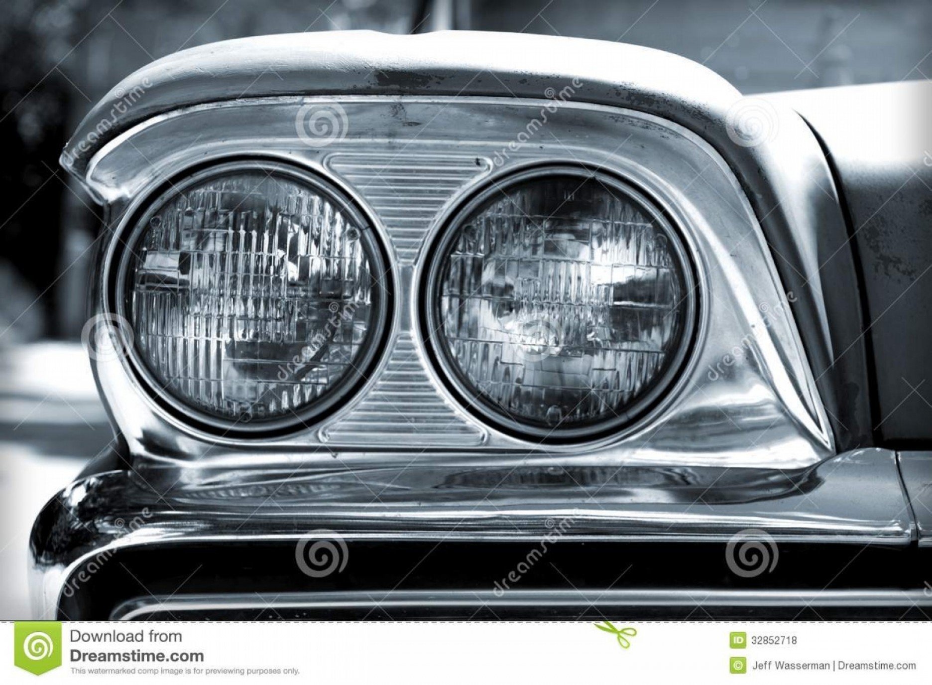 Vector Round Headlight: Royalty Free Stock Photos Vintage Car Headlights Closeup Black White Image