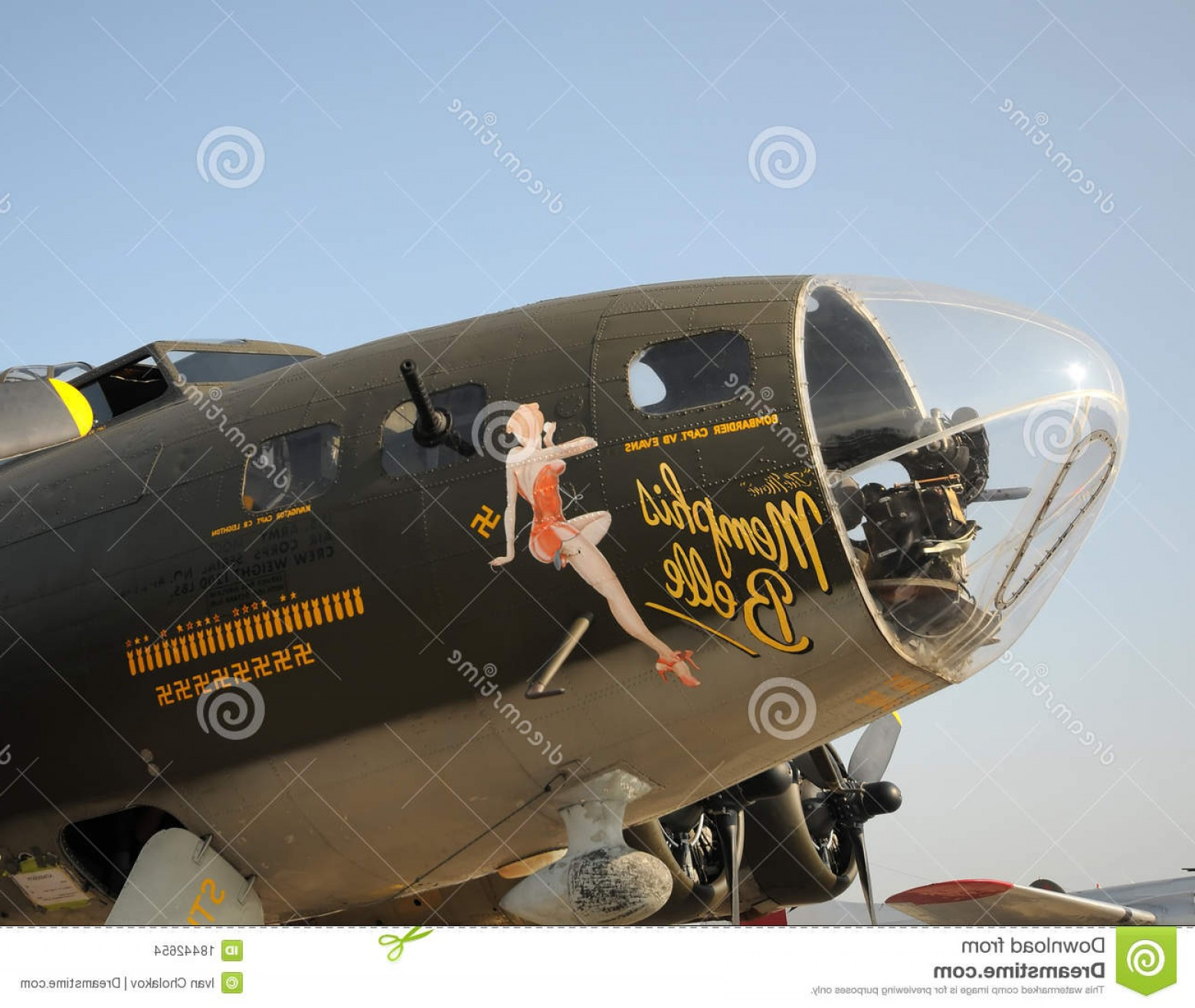 Vectors Fortress Flying: Stock Images Memphis Belle Flying Fortress Bomber Image