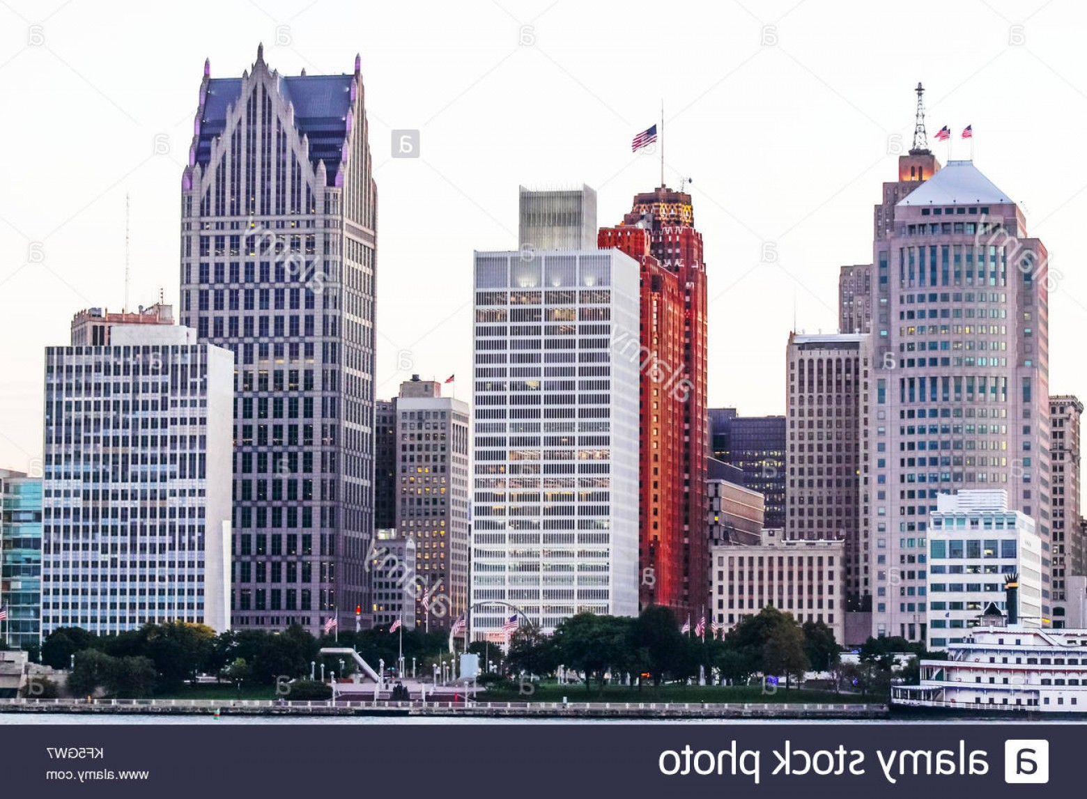 Vector Building Detroit: Stock Photo Detroit Mi Usa Nd October Iconic Buildings Lining The Detroit