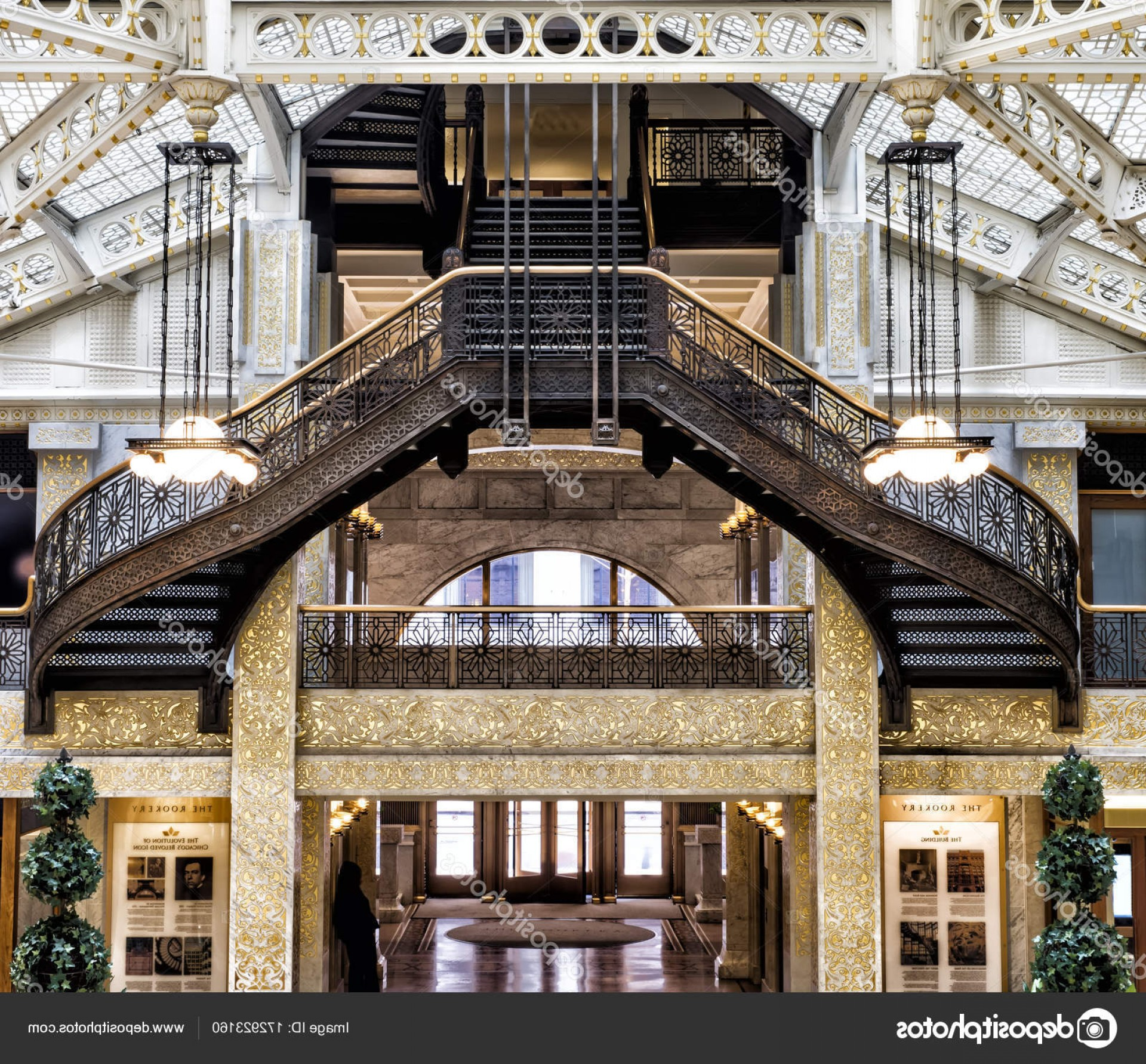 Arch Vector Illinios: Stock Photo Rookery Building Chicago Il August