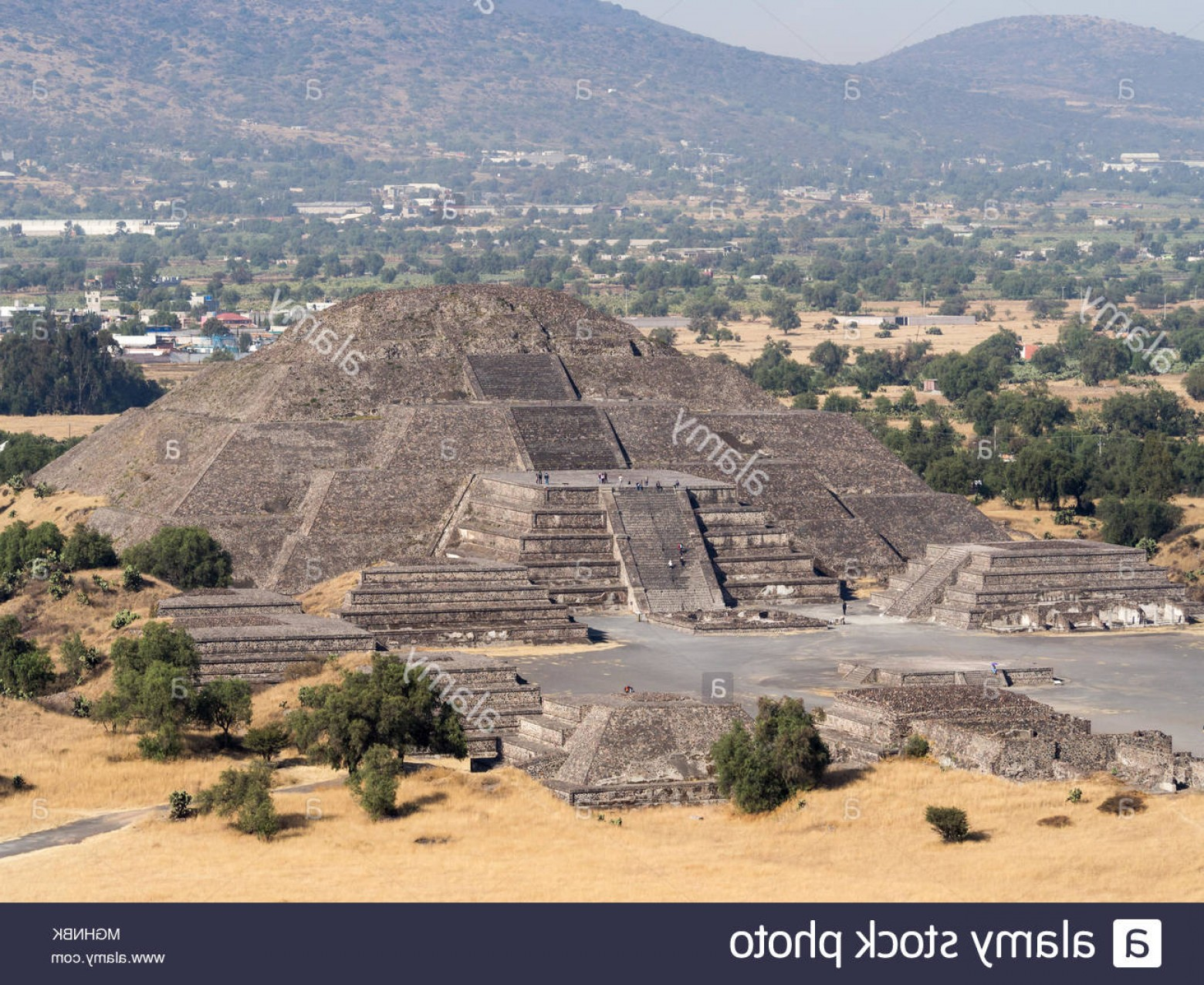 Vector South America Ancient Ruins: Teotihuacan Mexico City Mexico South America The Great Pyramid Of Sun And Moon Views On Ancient City Ruins Of Teotihuacan Pyramid Image