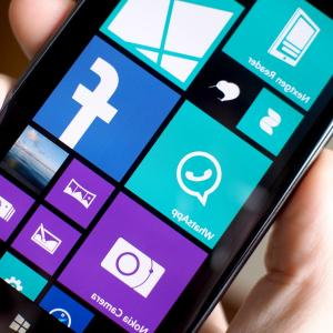 Search Logo Lumia Vector: Nokia Dual Sim Phone Running