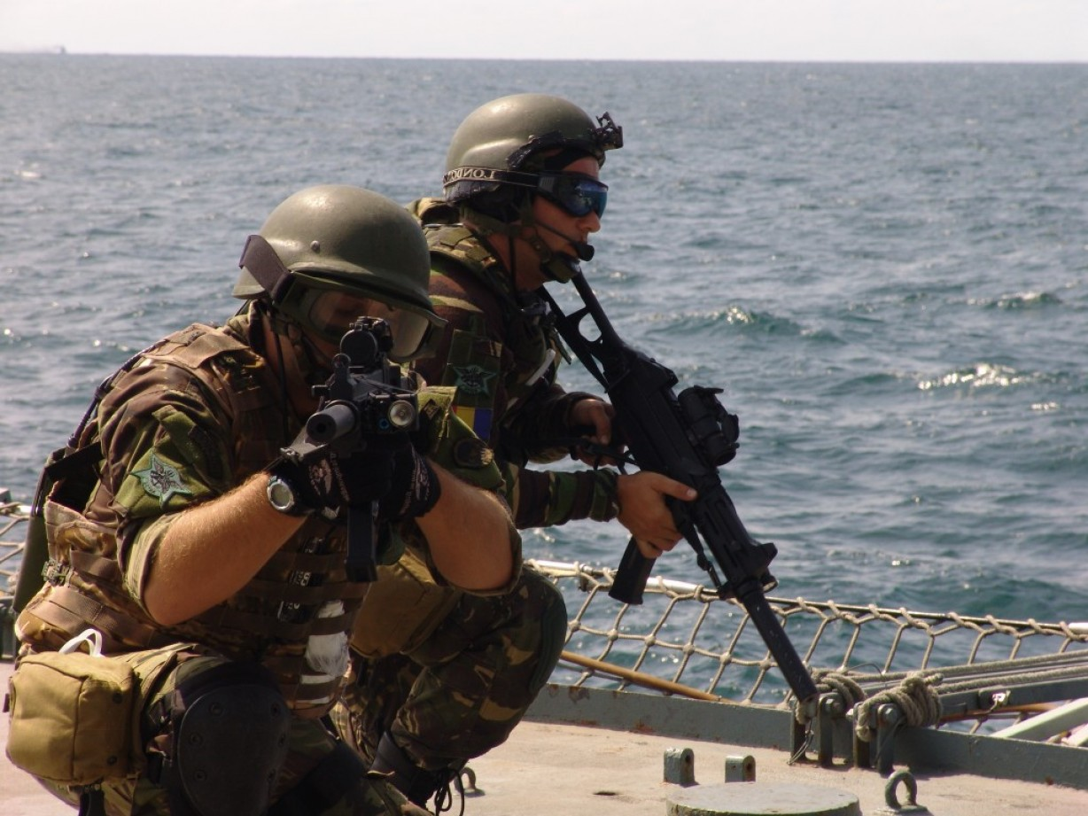 Us Special Forces Vector Files: Vector Romanian Navy Forces Training Starts In The Black Sea