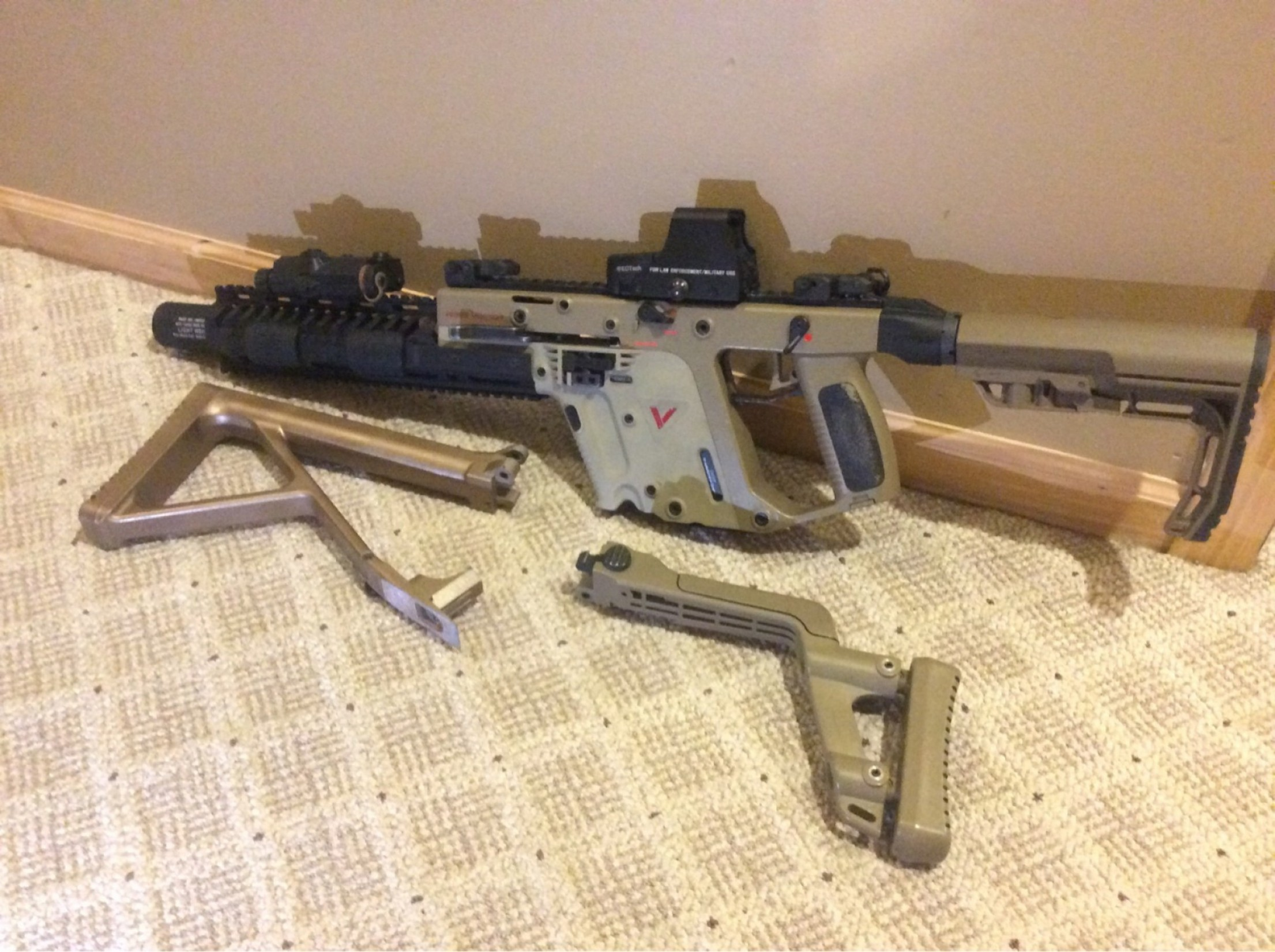 Airsoft KWA KRISS Vector: Wtt Kwa Kriss Vector Gbb Smg With Mags For Vfc Sr