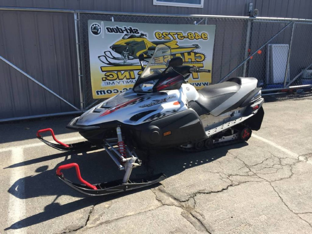 2011 Yamaha Vector Black: Yamaha Rs Vector Er
